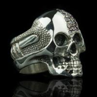 Skull rings online shop